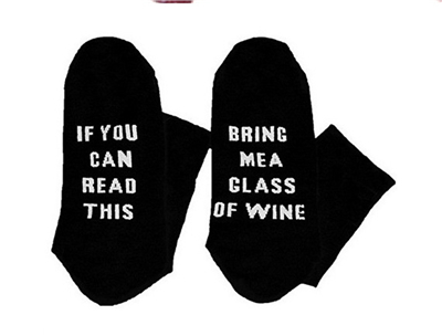 Custom-wine-socks-If-You-can-read-this-Bring-Me-a-Glass-of-Wine-Socks-autumn-5.jpg_640x640-5.jpg