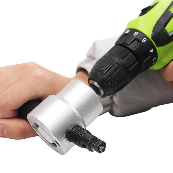Car-Aroma-Diffuser-12V-Steam-Air-Humidifier-Mini-Air-Purifier-Aromatherapy-Essential-Oil-Diffuser-Portable-Mist-3