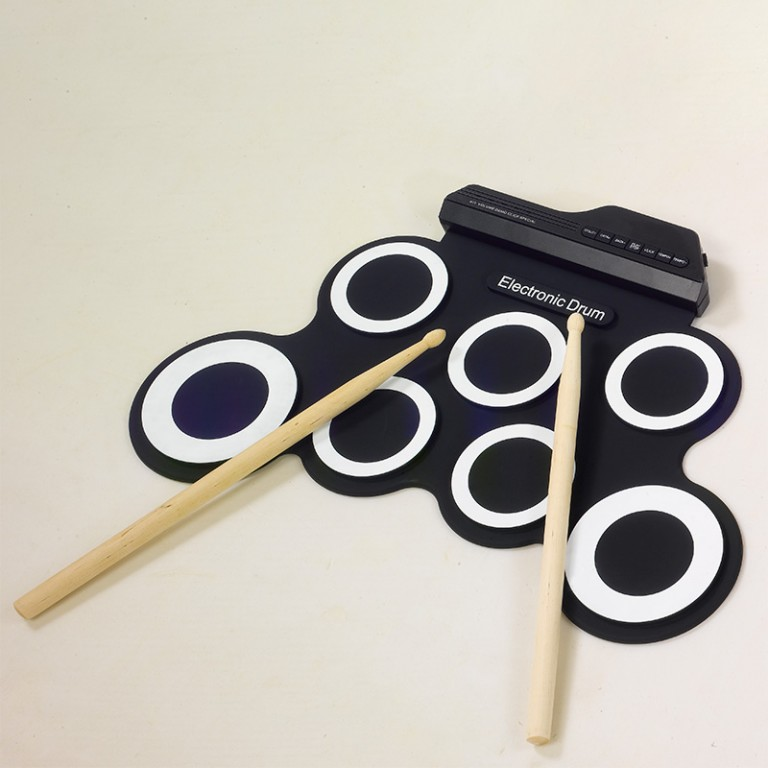 Professional-7-Pads-Portable-Digital-USB-Roll-up-Foldable-Silicone-Electronic-Drum-Pad-Kit-With-4.jpg
