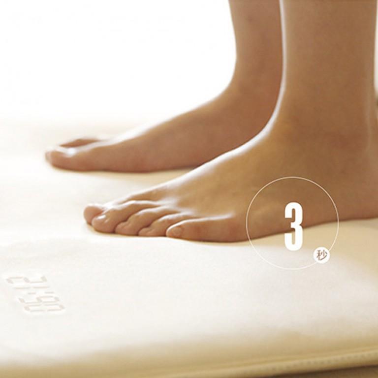 Smart-Alarm-Clock-Carpet-Electronic-Digital-Clock-Touching-Music-Mat-Clock-White-Collar-Student-Lazy-Alarm-2.jpg