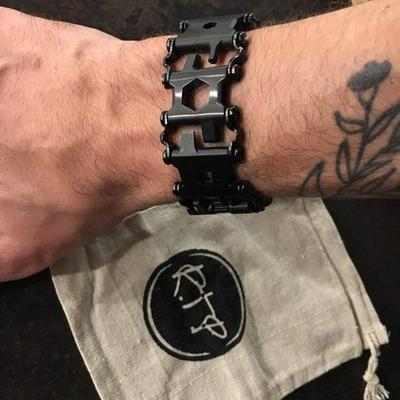 multi-tool-bracelet-ringtoperfection_400x