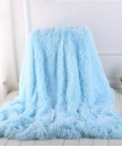 ชุดเครื่องนอนขน Faux ที่มีสีสัน, ชุดเครื่องนอนขน Faux ที่มีสีสัน