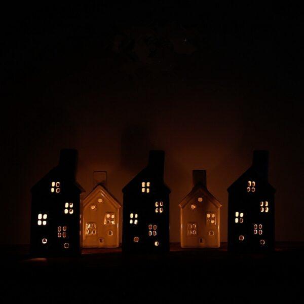 handmade vintage porcelain christmas house candle holder hollow crackle glaze ceramic candlestick creative home decor 2