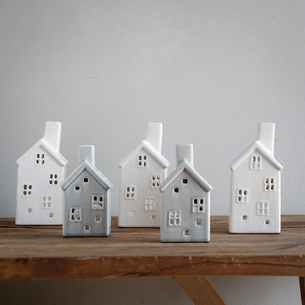 handmade vintage porcelain christmas house candle holder hollow crackle glaze ceramic candlestick creative home decor 3