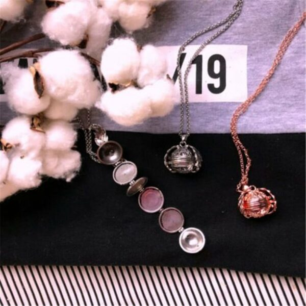 Expanding Photo Locket Necklace Pendant Choker Angel Wings Gift Jewelry Decoration Necklace Exquisite Ornaments Torque Pendant 2