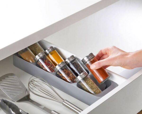 here is a new genius way to store your silverware