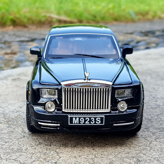 Rolls Royce Phantom Car Model