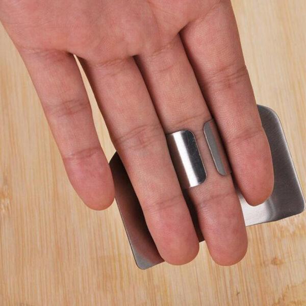 1 Pcs Finger Guard Protect Finger Hand Cut Hand Protector Knife Cut Finger Protection Tool Stainless 3