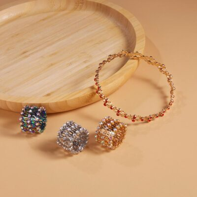 2 In 1 Magic Retractable Ring Bracelet Creative Stretchable Twist Folding Ring Crystal Rhinestone Bracelets Women 1 1
